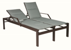 Valrico Double Chaise Lounge with Arms and Wheels